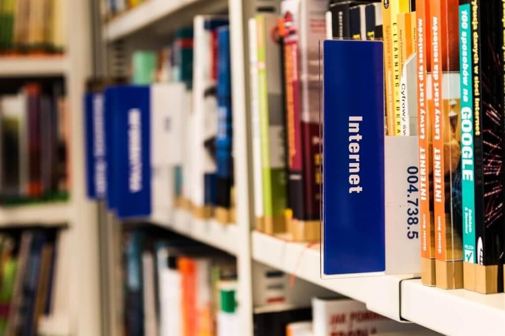 bibilothèque livres marketing digital et internet
